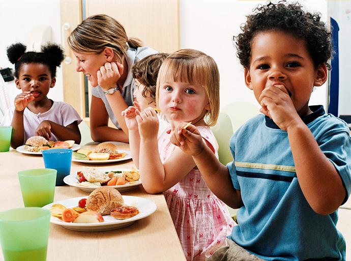 children eating lunch - Images Of Preschool Children